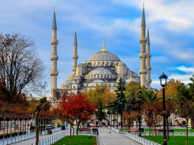 1. Стамбул